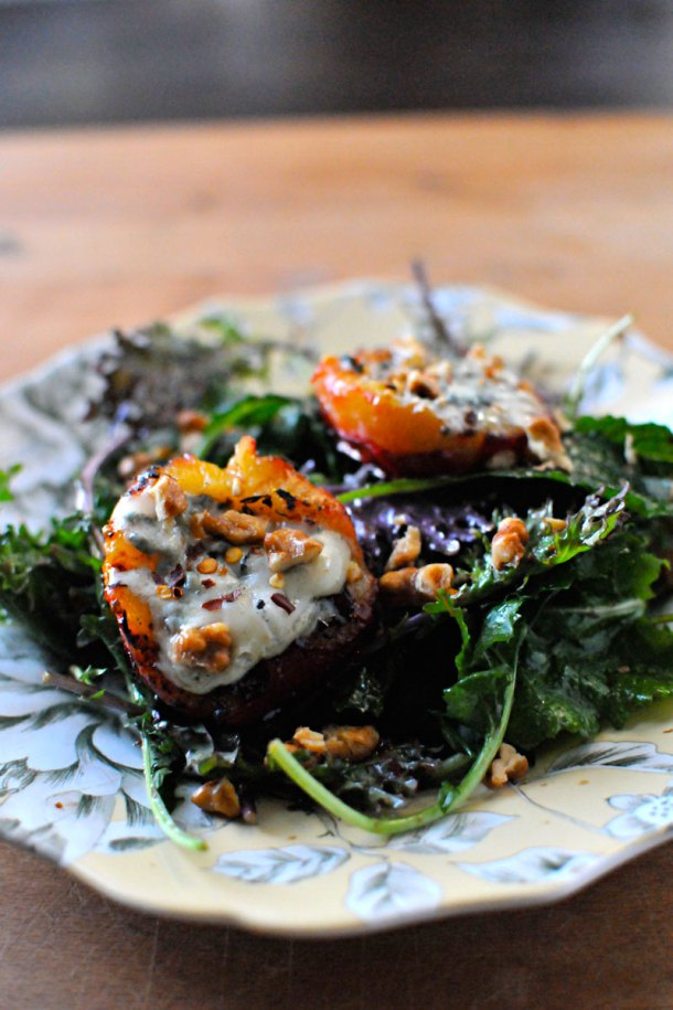 Gorgonzola grilled plums with maple syrup and chiles la for Absolutely delish cuisine